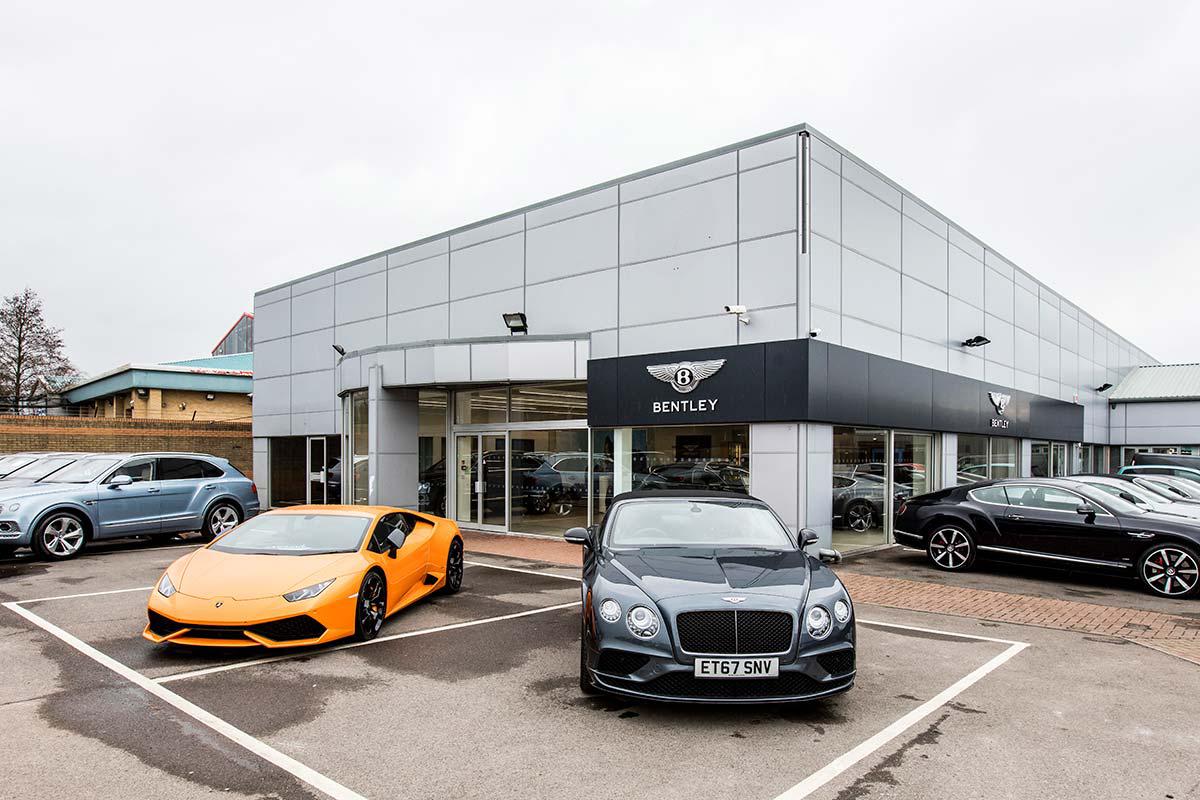 Bentley-Lamborghini-Chelmsford-4