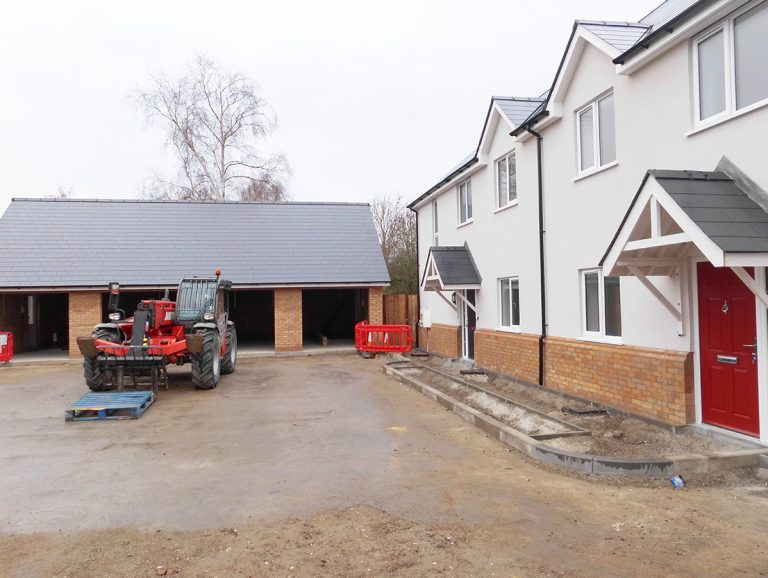 Residential construction of site in Wix, Essex - Photo 2