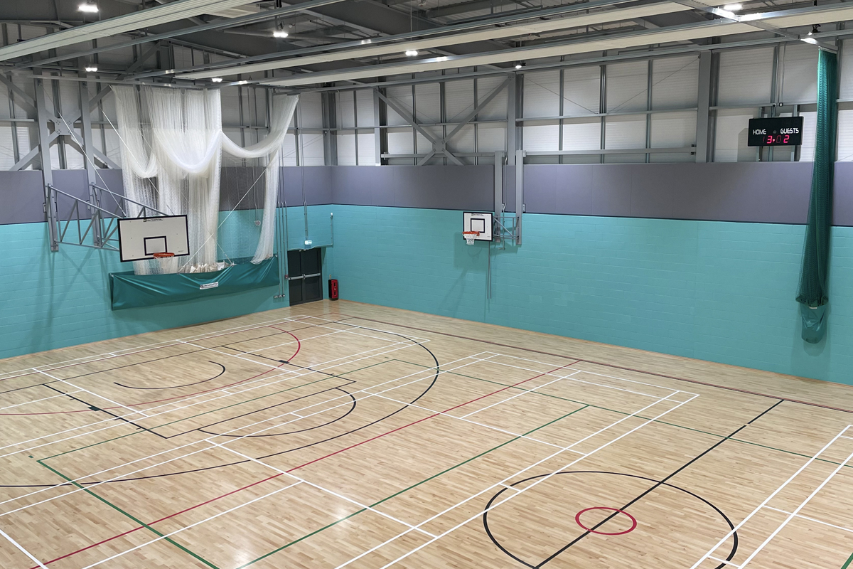 Chelmsford County High School for Girls - New Sports Hall - Photo 2