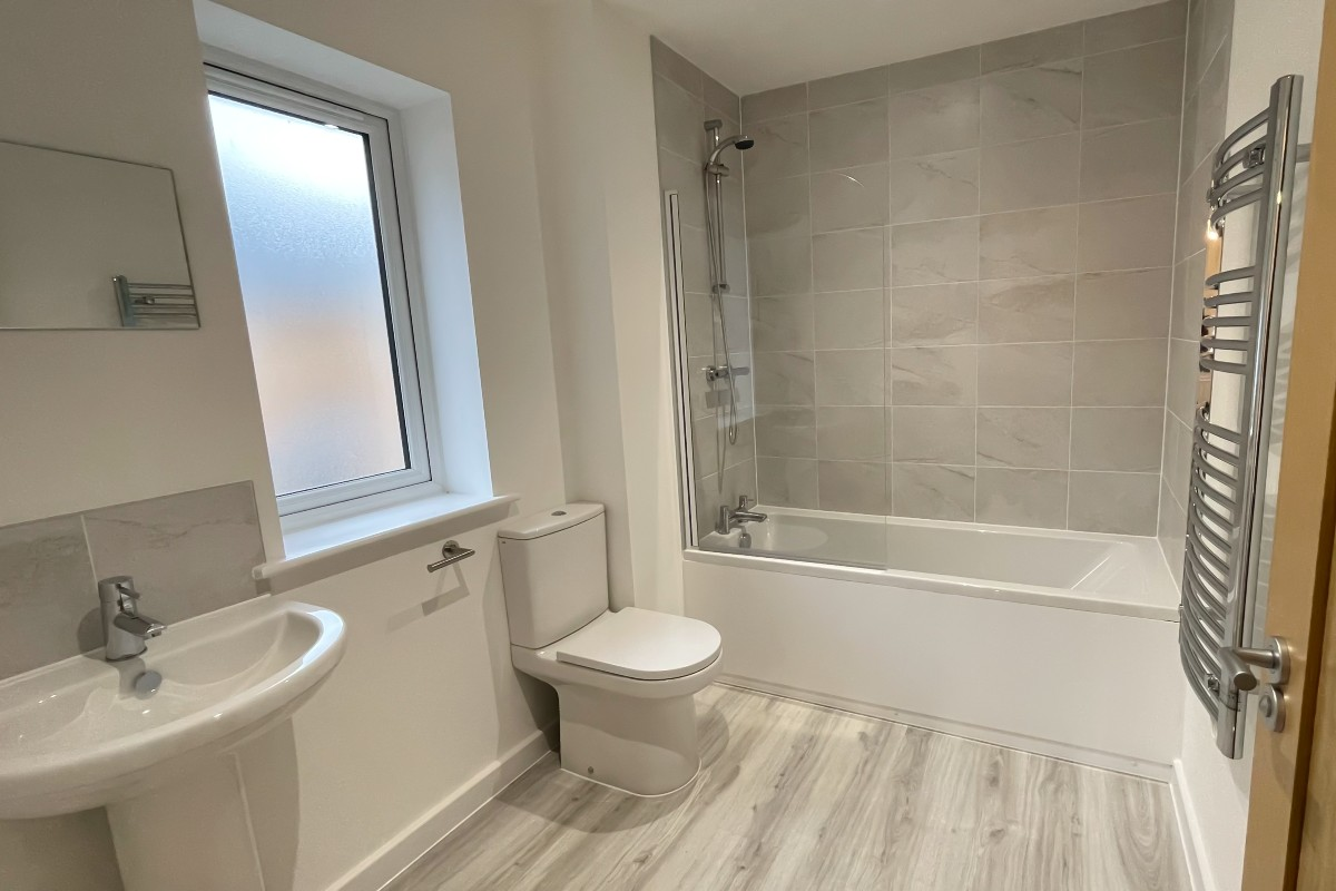 White Hart Close, Wix - Residential Construction - Photo 5